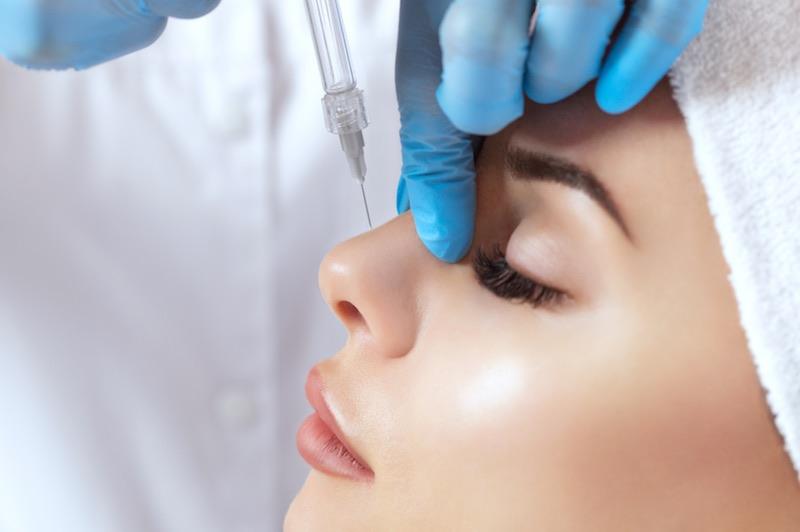 Rinomodelación Tratamiento Facial por el Dr. Vladimir Rovira